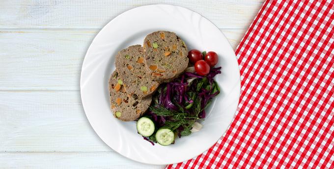 Fırında portakallı tavuk but ve otlu patlıcan salatası